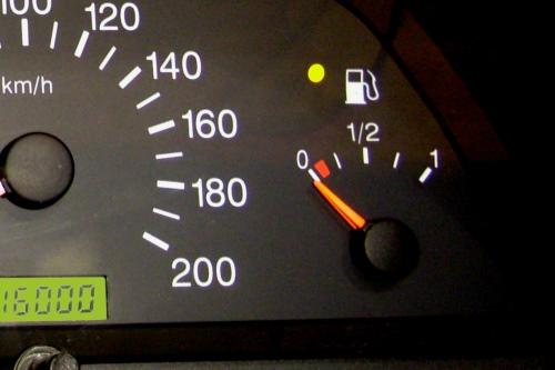 На Ваз 2110 не работает датчик уровня топлива