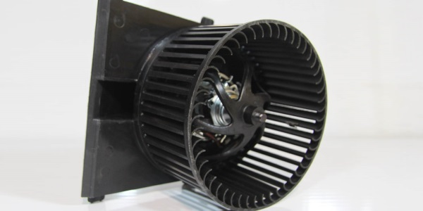 Не работает вентилятор печки на ауди 80 B3